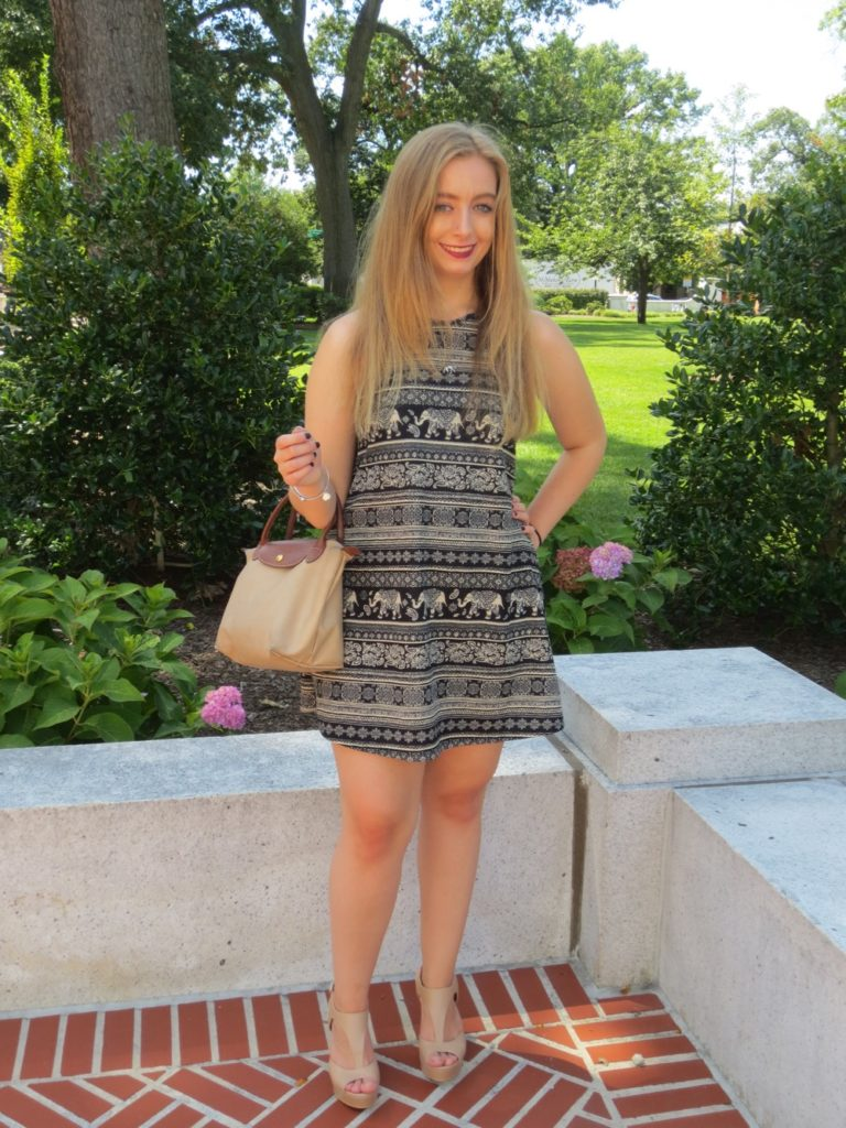 WHAT TO WEAR: Greek Life